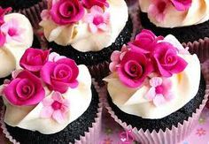 Pink rose cup cakes