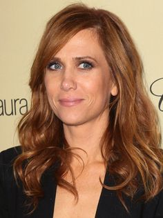 Kristen Wiig | this pic of her makes me wonder what she's laughing about inside her brilliant head