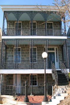 Read on to see why Ellicott City is the creepy town in Maryland with insane paranormal activity. Would you dare visit these spots? Haunted Towns, Real Haunted Houses, Haunted Mansion, Haunted Places, Abandoned Places, Maryland Day Trips, Halloween Bucket List, East Coast Usa, Ellicott City