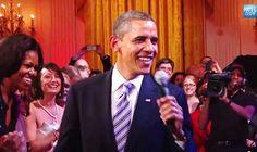Khi Tổng thống Obama trổ tài ca hát (video) - http://www.daikynguyenvn.com/tin-giai-tri/khi-tong-thong-obama-tro-tai-ca-hat-video.html