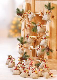 Die Vorweihnachtszeit steht vor der Tür, ich kann die Zeit bis Heilig Abend schon fast nicht mehr abwarten. Plätzchen backen, Weihnachtslieder und Adventskalender basteln … den ersten Schnee habe