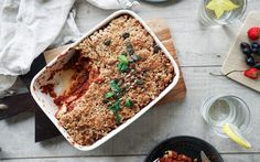This delicious layered bake includes a super yummy and hearty lentil bolognese, potatoes, and a bit of eggplant. Vegan Casserole, Casserole Recipes, Whole Food Recipes, Vegan Recipes, Vegan Food, Potato Recipes, Vegan Meals, Healthy Dinners, Healthy Treats
