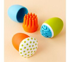 Boon Bath Scrubbers-Wow every little one will love these!  pinned by www.auntbucky.com  #bath #kids #boon