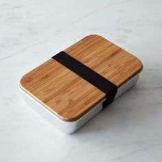 Aluminum sandwich box with bamboo top