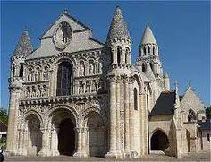 """Résultat de recherche d'images pour """"cathédrales romanes"""""""