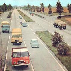 DDR Autobahn. Photo by breetannor | ^ https://de.pinterest.com/Stoneway4/historisch/
