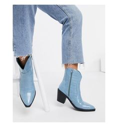 Spring trend 2021: This is how we style boots now Western Style, Rebel, Brave, Asos, Ankle Boots, Spring Trends, Denim Fashion, Block Heels, Heeled Mules