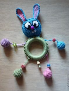 Site states made as a toy, but don't think I would with all the small parts. Maybe cute hanging from a bag or made into a key chain. Def not as a toy! Site in Russian, but easy to follow diagrams. ☀CQ #crochet #amigurumi  http://www.pinterest.com/CoronaQueen/crochet-amigurumi-corona/