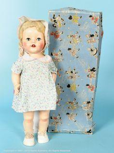 hard plastic Delite walking doll with box, retains blonde Saran wig and blue flirty eyes, United Kingdom, by International Model Aircraft Limited for Pedigree. Old Dolls, Antique Dolls, Vintage Dolls, Child Doll, Baby Dolls, French Antiques, Vintage Antiques, Antique Wax, Plastic Doll