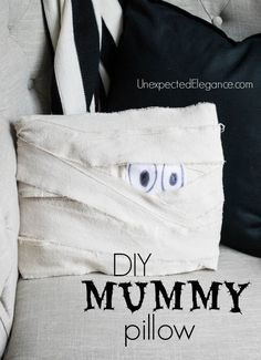 This is a fun and EASY Halloween craft decor idea.  Get a tutorial for a DIY Mummy Pillow!
