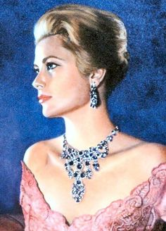 Grace Kelly, so beautiful and classy.