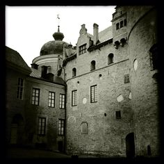 Gripsholm Castle (outer courtyard)