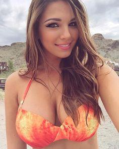 Shooting in Nevada today #goldmines @dolcessaswimwear @mollybrownsswim  @tomasinophotos @bombshellbeautyent