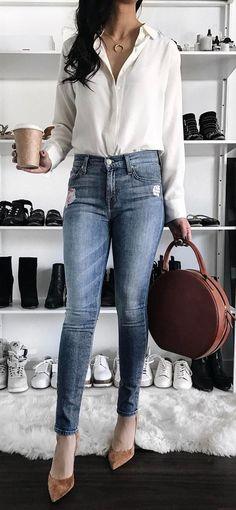 simple outfit: shirt + bag + skinny jeans + heels