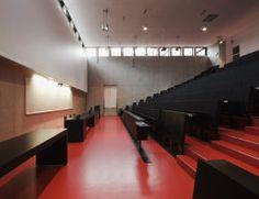 DLW Linoleum Referenzen - Technische Universität Prag - Armstrong