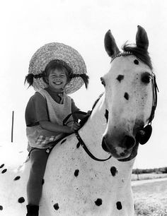 Pippi Longstocking & 'Little Grubben' Black And White People, Black N White, Black And White Pictures, Pippi Longstocking, Film Photography, White Photography, People Photography, Art Inspo, Childhood Memories