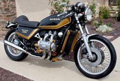 Golden Gold Wing | Inazuma café racer