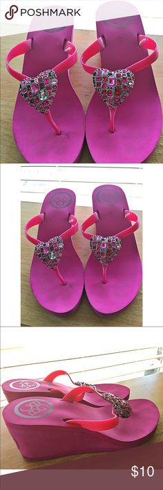 🌻 BCBG Wedge Rhinestone Heart Sandals 🌺 BCBG Wedge Rhinestone Heart Sandals BCBGeneration Shoes Sandals