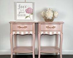 Gold Furniture, Furniture Makeover, Vintage Furniture, Paint Furniture, Upcycled Furniture, Furniture Ideas, Vintage Buffet, Vintage Sideboard, White And Gold Nightstand