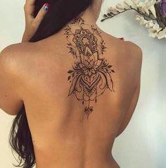 Tatuagem/ flor de lotus/ mandala