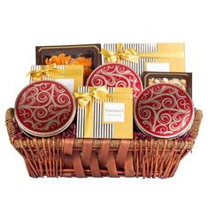 Sending this impressive and beautiful Dried Fruit & Nuts gift basket, to your friends,