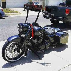 "Credit to : @roadkings_only ===================== Follow & Tag ""HD Tourers and Baggers"" on Instagram Facebook Twitter & across the Web. ===================== #hdtourersandbaggers  ===================== #instamotogallery #instamoto #motorcycles #harleydavidson #roadkingclassic #roadking #roadglide #streetglide #softail #showoffmyharley #harleysofinstagram #harleylife #bikelife #bikersofinstagra #bikestagram  #harleyrider #harleyriders #customharley #throttlezone #harleydavidsonnation…"