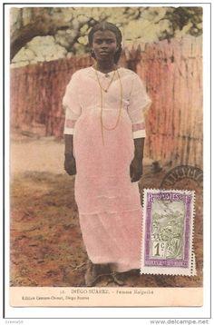 CPA MADAGASCAR Diégo Suarez Femme Malgache Coiffure