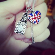 Charm bracelet British Things, Save The Queen, Queen Mother, Union Jack, Big Ben, Britain, England, London, God