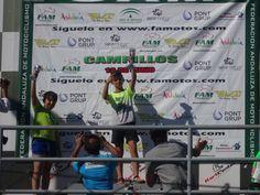 Éxito y espectáculo a cargo de los jóvenes pilotos de Jaén en el andaluz de minivelocidad