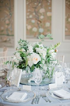 #rose, #white, #centerpieces  Photography: Dominique Bader - www.dominiquebader.com  Read More: http://www.stylemepretty.com/2015/05/09/bouquet-breakdown-elegant-english-ballroom-wedding/