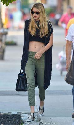 Gigi Hadid Street Fashion & Details That Make the Difference