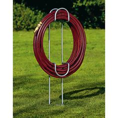 This useful construction will keep your garden hose hung up where you want it, nicely coiled and unable to trip… – Galvanized Steel Hose Hanger Source by marceloshertzer Garden Hose Hanger, Garden Hose Storage, Lawn And Garden, Garden Tools, Ikea Garden Furniture, Furniture Ideas, Hose Holder, Decoration Plante, Backyard Games