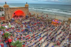 Looking for a spectacular Fourth of July celebration? How about on the beach? And a free concert to go along with those fireworks? This fun little place is an amphitheater located on Daytona Beach at the Oceanfront Park, right on the Atlantic Ocean. On July 4th, 2015, they'll be hosting an Eagles tribute band. Did I mention the concerts are frickin' free? All in Daytona Beach! http://www.bookerville.com/Daytona-Beach-Florida-Vacation-Rentals?ref=pint20150626