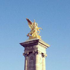 Gold details of Paris. #architecture #classic #travel #sculpture
