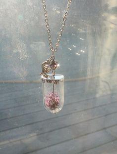 smykke med ekte blomst