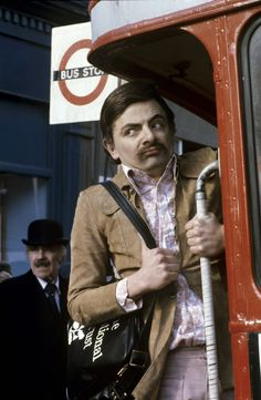 "Rowan Atkinson in film ""Canned laughter"" Durham Museum, Rik Mayall, My Bean, Hugh Laurie, Rowan, Laughter, Film, Cute"