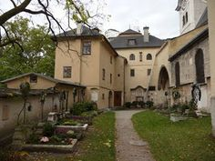 Otherside of courtyard.  Notice different shapes and angles with archways.