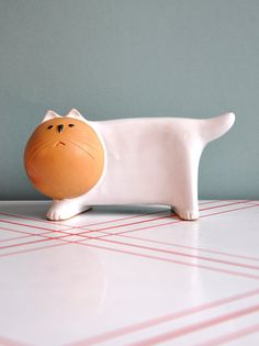white glazed cat with matte face, by ceramist Lisa Larson - Japan. Circa 1960-80's.