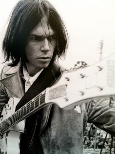 Neil Young: Photo by Henry Diltz