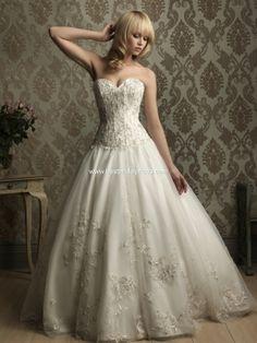 so beautiful. Alure dress 8865