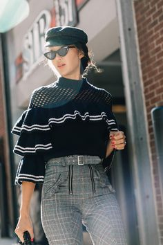 Always looking for inspiration Nyfw Street Style, Street Chic, Moda Outfits, Trends, Fashion Outfits, Womens Fashion, Ny Fashion, Fashion Weeks, Mode Style