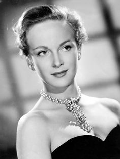 Joan GREENWOOD (1921-1987) [F] Bio > Born 4 Mar 1921 London, England > Died 28 Feb 1987 (aged 65) London, England > Active 1938-87 > Spouse: André Morell (1960-78, his death) > Children: 1.