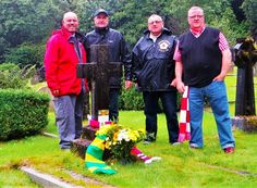 Football fans discover resting place of Manchester United founder http://www.cumbriacrack.com/wp-content/uploads/2016/09/Fred-Attock-Fans-group.jpg A group of fans have uncovered a previously unknown link between South Lakeland and the foundations of one of the world's biggest football clubs.    http://www.cumbriacrack.com/2016/09/08/football-fans-discover-resting-place-manchester-united-founder/