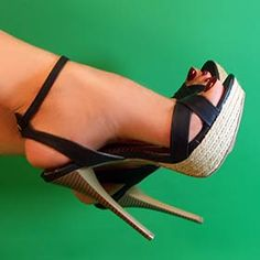 Riverberry Womens Dynamite Ankle Strap Stilettos in Black