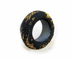 Arata Fuchi    Ring: Untitled 2007  Oxidized silver, Oxidized silver powder, Fine gold