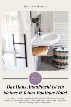 """Jedes unserer Zimmer hat eine Dusche und/oder eine Badewanne   die hauseigene Dusch-Pflegeserie """"Haus AnnaPlochl""""   einen Haar-Föhn   und einen kuscheligen Vossen-Bademantel #badezimmer #badeideen #dekoration #frühstück #frühstücksideen #frühstücksbuffet #frühstückgesund #zimmer #boutiquehotel #ideas #house #guesthouse #annaplochl #badaussee #visitaussee #ausseerland #reisen #bedandbreakfast Boutique, Canning, Bath Tube, Full Bath, Breakfast Healthy, Bathing, Viajes, Dekoration, Home Canning"""