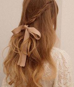 love the hair, bow