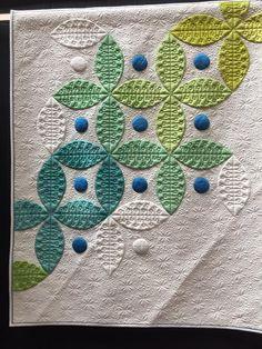 Quilting detail   Modern Quilt   Orange Peel   Negative Space