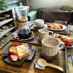 ホットドリンクであたたまろう♪ほっこり時間を楽しむためのアイテム♡ | folk A Food, Food And Drink, Tapas Party, Plate Lunch, Breakfast Menu, Daily Meals, Food Presentation, Japanese Food, Afternoon Tea