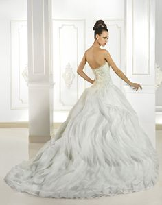 Cosmobella Collection Official Web Site - 2015 Collection - Style 7704